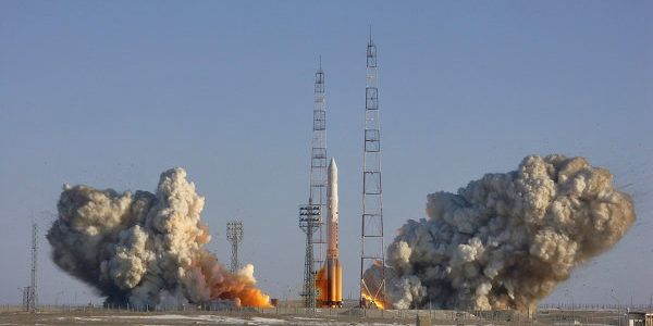 Proton-Launch
