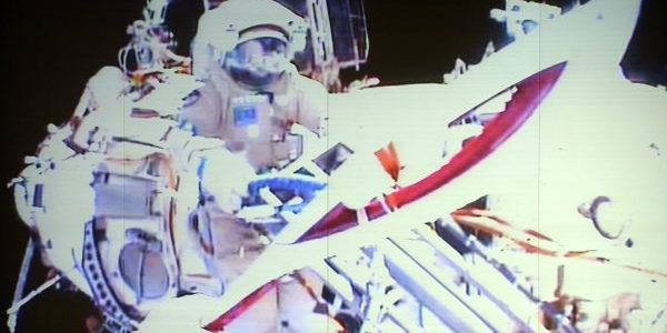 spacewalk_torch