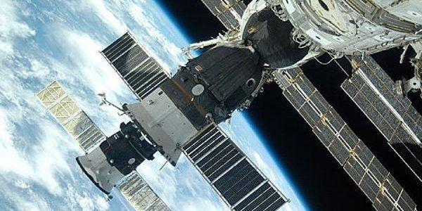 Soyuz_docked