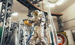 20140530_Soyuz Training_Orlan Suit_0172-XL